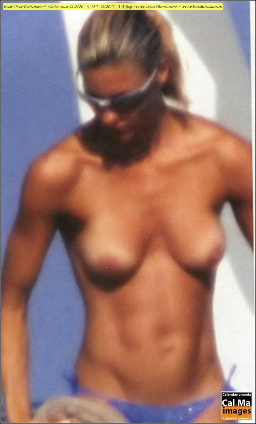 Martina Colombari  nackt