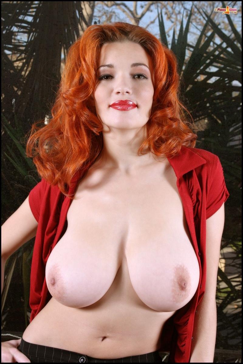 Danielle Riley Nude 17